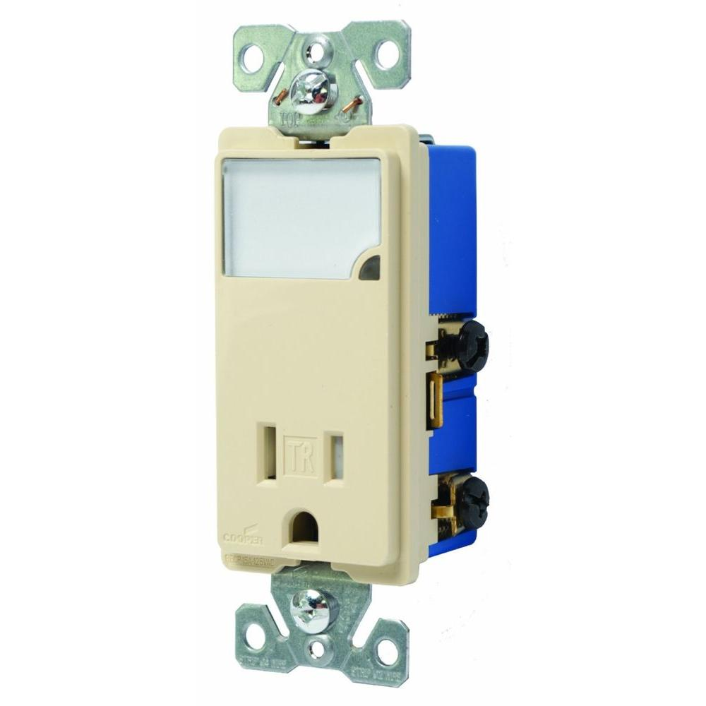 Astonishing Eaton 3 Wire Receptacle Combo Nightlight With Double Pole Tamper Renstra Mohammedshrine Wiring Digital Resources Renstramohammedshrineorg